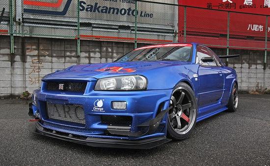 日本国宝级跑车 800匹日产gt R R34改装